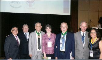 Premio del Capítulo a los doctores <strong>William Rojas</strong> y <strong>Hernando Matiz.</strong>