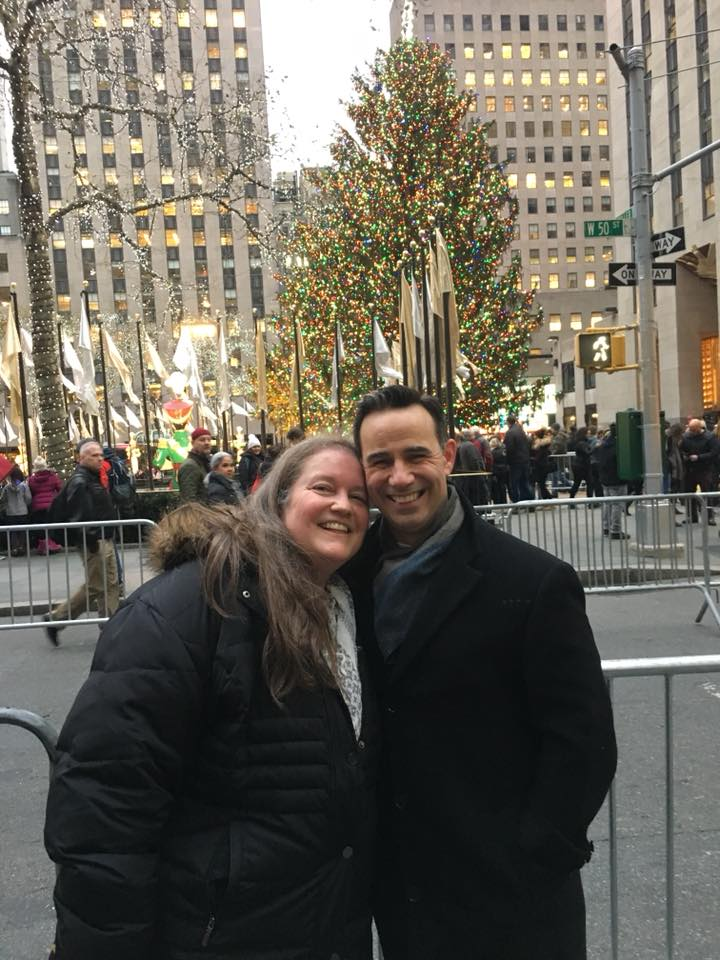 r. Louis J. Papa, and his wife, Susan, visit the Christmas tree at Rockefeller Center in New York City last December.